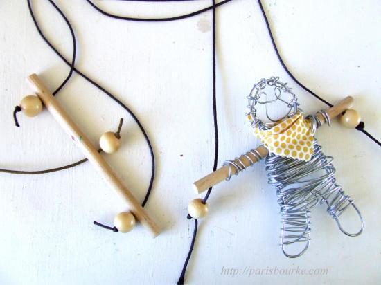 Diy climbing puppet paris bourke - Fabriquer un coffre a jouets simple et rapide en bois ...